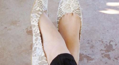 Customizar zapatos con encaje