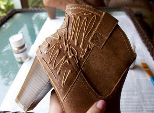customizar botines y zapatos con glitter o purpurina pasos